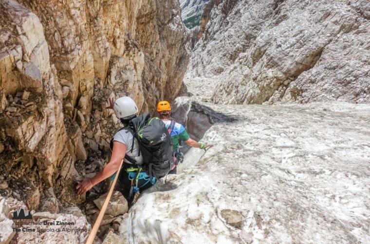 Westliche Zinne Normalweg - Cima Ovest via normale - Alpinschule Drei Zinnen 2020 (12)