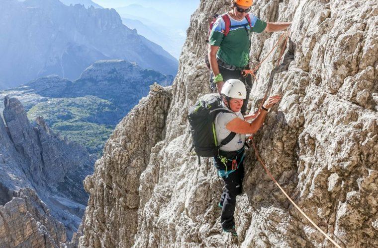 Westliche Zinne Normalweg - Cima Ovest via normale - Alpinschule Drei Zinnen 2020 (9)