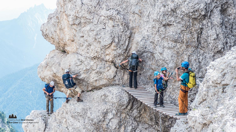Klettersteig Drei Zinnen : Klettersteig rund um den zwölfer alpinschule dreizinnen
