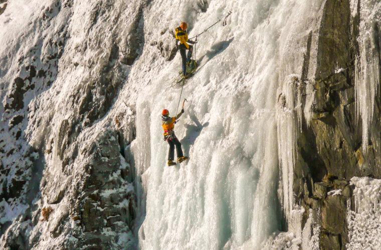 Eisklettern - arrampicata su ghiaccio - ice climbing-4