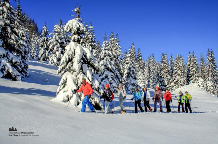 Schneeschuhwanderung - Ciaspolata - snowshow hiking-2