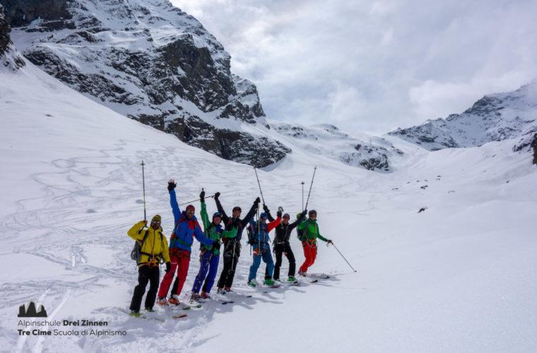 Skitour Gran Paradiso sci d'alpinismo (1)