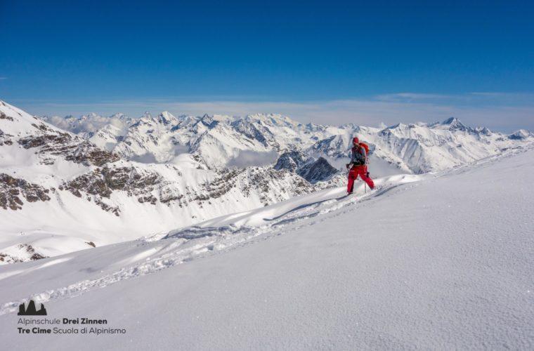 Skitour Gran Paradiso sci d'alpinismo (2)
