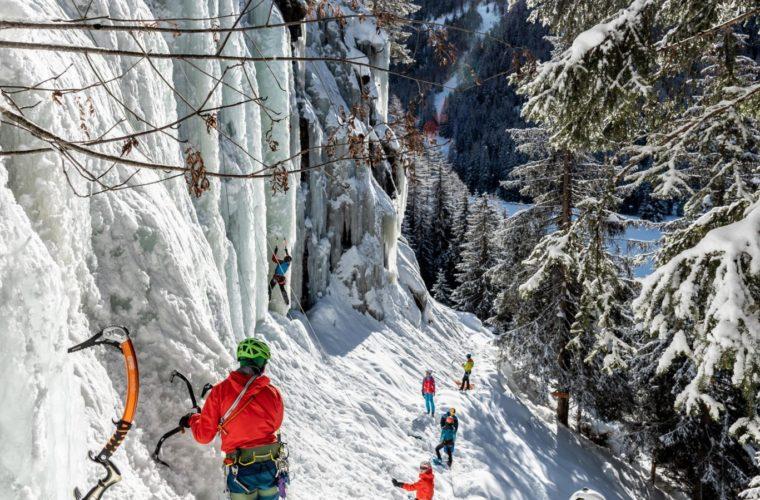 Eisklettern - arrampicata su ghiaccio - ice climbing - Alpinschule Drei Zinnen 2020 (12)