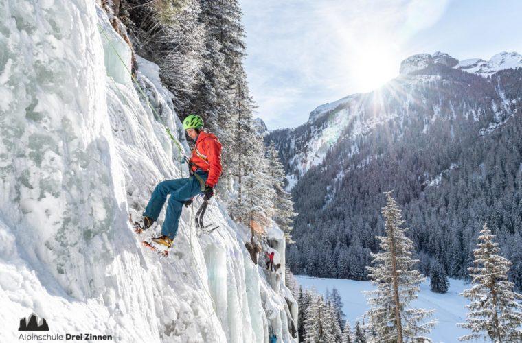 Eisklettern - arrampicata su ghiaccio - ice climbing - Alpinschule Drei Zinnen 2020 (25)