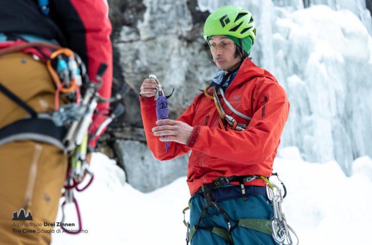 Eisklettern - arrampicata su ghiaccio - ice climbing - Alpinschule Drei Zinnen 2020 (3)