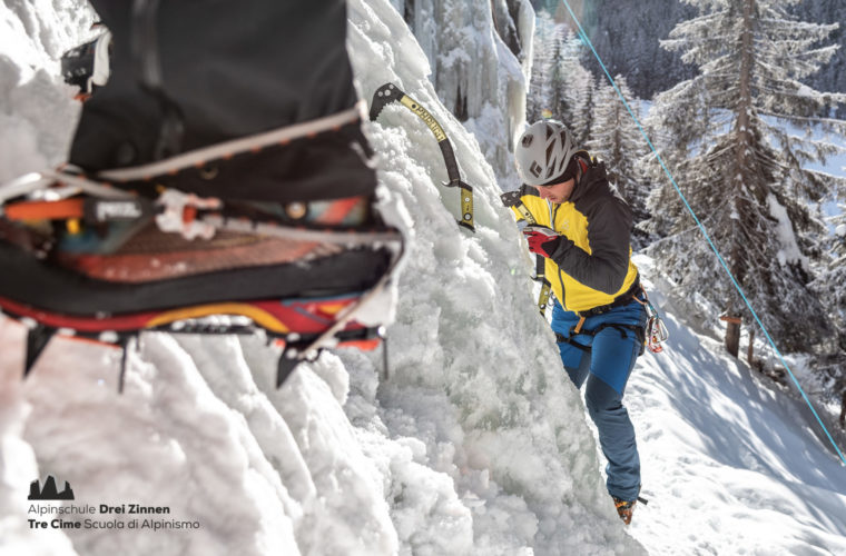 Eisklettern - arrampicata su ghiaccio - ice climbing - Alpinschule Drei Zinnen 2020 (9)